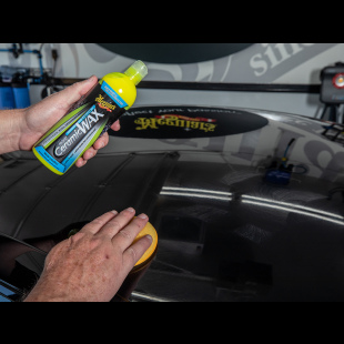 Meguiar's Direct - Cire Hybride Liquide Céramique Technologie SiO2 Application