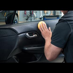 Meguiar's Direct - New Car Shine - Plastiques Intérieurs Application 4